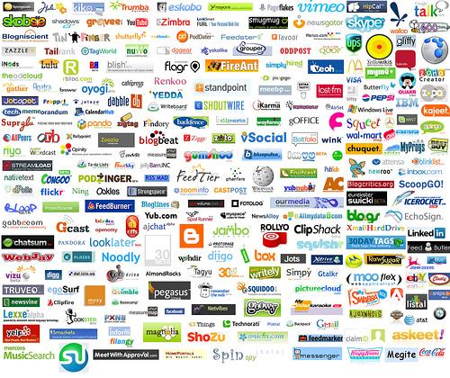 Hay una ingente variedad de redes sociales. Elige las que te convengan según tus intereses, tu marca o producto.